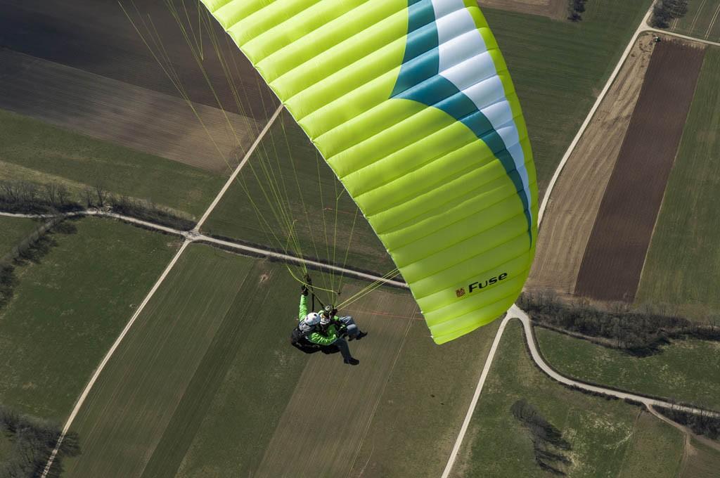 Paragliding-Tandemflug-Tandemfliegen-Oase13-1024×680