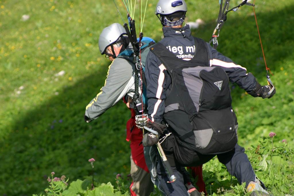 Paragliding-Tandemflug-Tandemfliegen-Oase19-1024×683